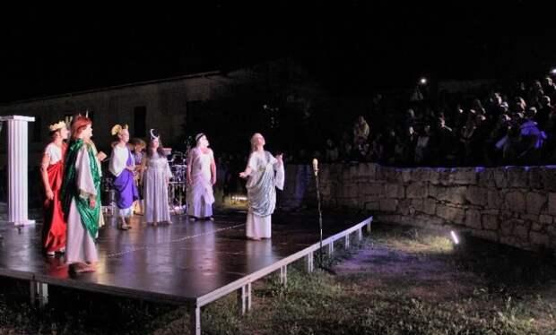 Ожившие картины, театрализованные представления и рассвет на равелине: как в Севастополе прошла «Ночь музеев»