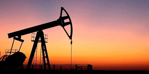 Песков рассказал о нефтегазовой зависимости РФ