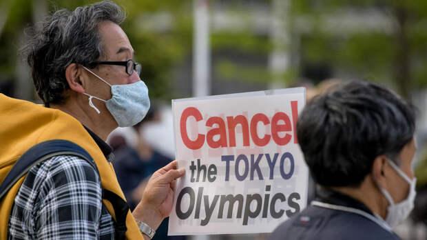 Более половины японцев выступают за отмену или перенос Олимпиады