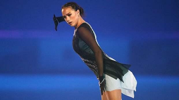 Загитова упала с тройного флипа в показательном номере на шоу в Москве