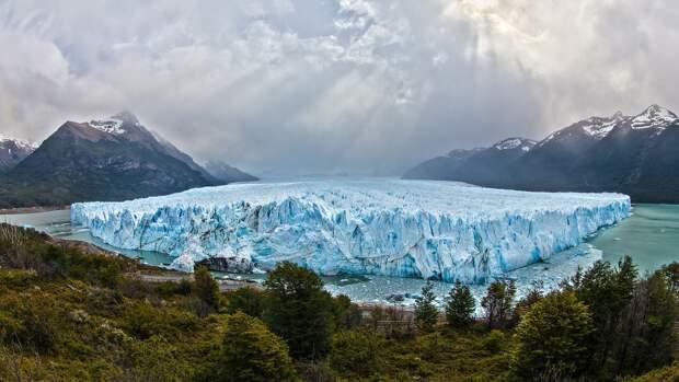 Немецкие ученые предсказали будущее ледников Гренландии