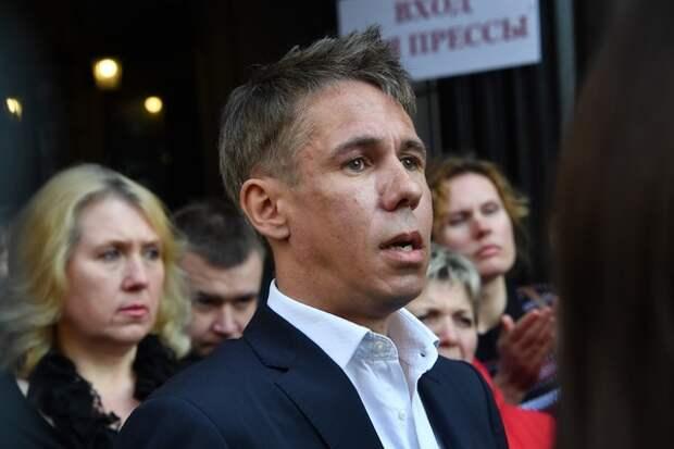 Алексей Панин готов приехать в Россию разве что для съемок и попариться в бане с друзьями