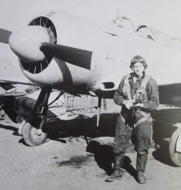 Подвиг Героя СССР летчика Ивана Жукова