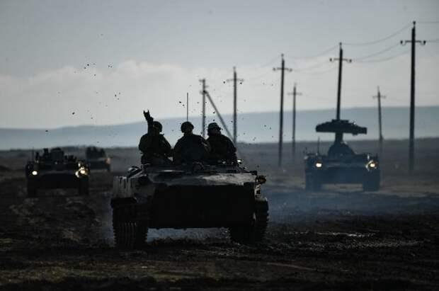 Шойгу: ВС России адекватно реагируют на изменения ситуации у границ