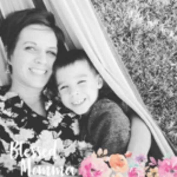 Женщина случайно увидела фотосессию мамы с дочкой и поняла, какова цена идеальных снимков в инстаграме