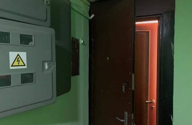 Почему в России в квартирах несколько входных дверей