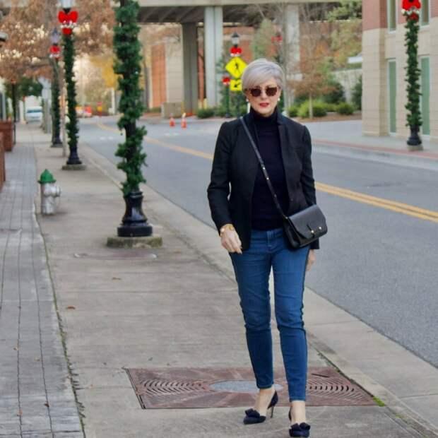 Стильная 61-летняя модница, на которую равняются многие дамы 50+