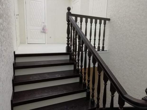 """🔨 """"Сделал лестницу, как вам? Очень много сил вложено."""""""