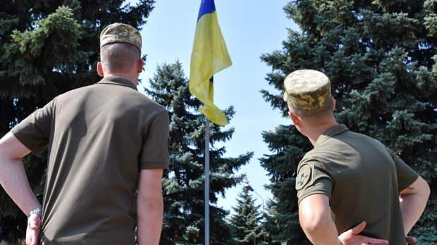 """Где показать """"мощь"""" ВСУ? Приказу """"взять Донецк и Луганск"""" сенатор дал эффектную альтернативу"""