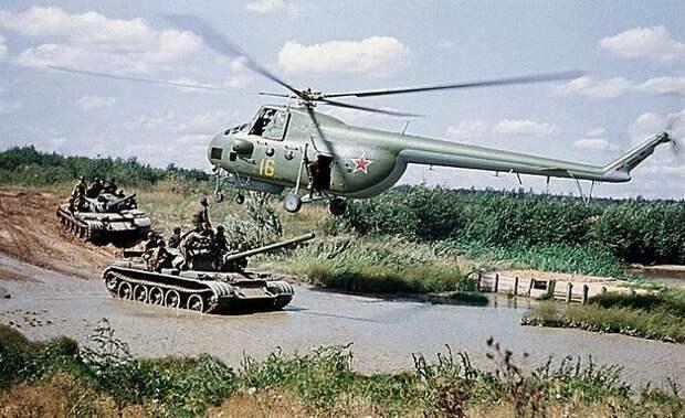 Ми 4 – первый многоцелевой военно-транспортный вертолет