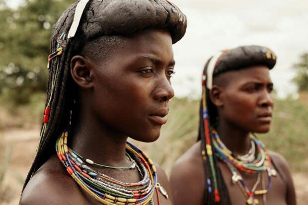 Исчезнут в ближайшие 100 лет: фотограф показал племена на грани вымирания