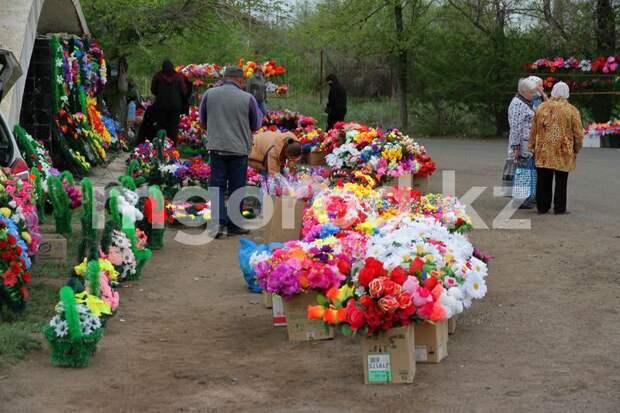 Как проходит Радоница в Уральске