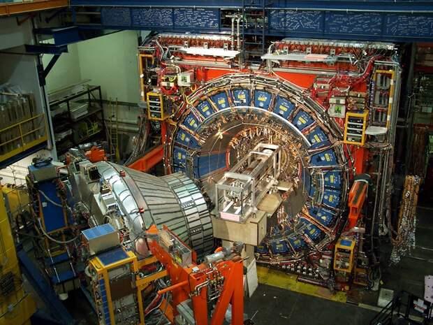 Что случится с человеком, если он окажется на пути луча Большого Адронного Коллайдера?