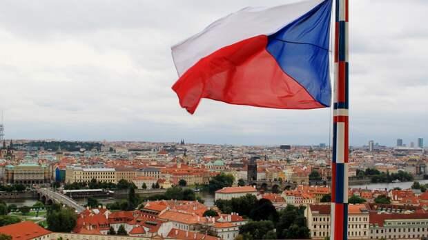 Аналитик Баклицкий назвал причину нападок Чехии на Россию