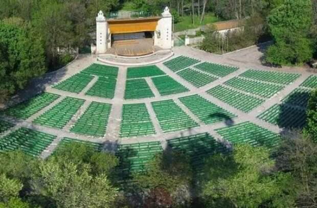 В Летнем театре столицы начинается еженедельная музыкальная программа под открытым небом