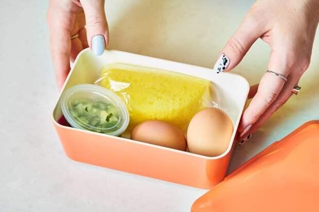 9 скрытых возможностей кухонной губки, которая годится не только для мытья посуды