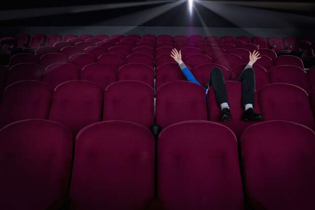 Кинотеатры Ленобласти и Смоленска смогут возобновить работу