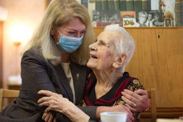 Ветеран войны из Бабушкинского отметила 104-й день рождения