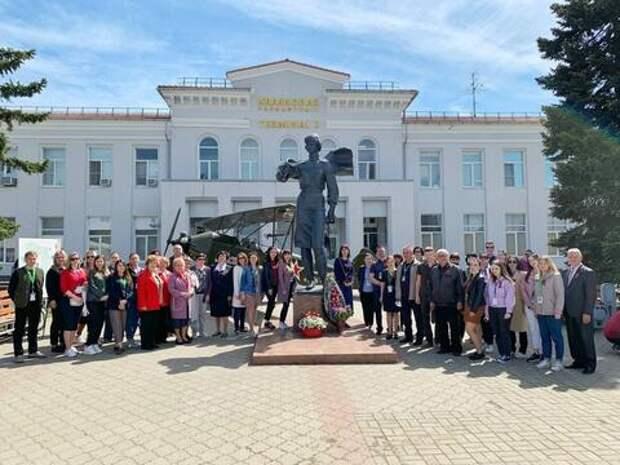 Краснодарский аэропорт поздравил ветеранов