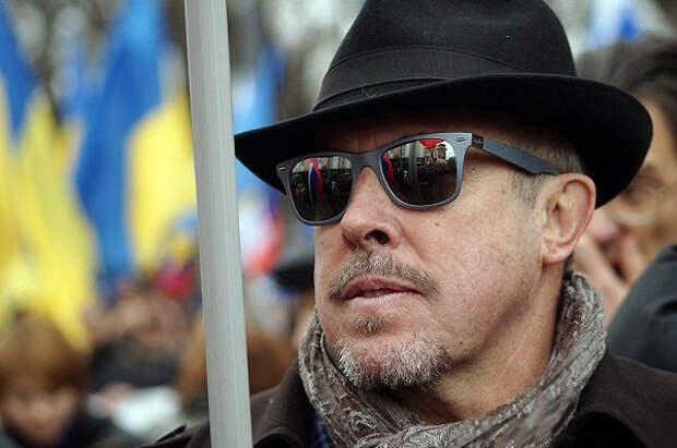 Муждабаев указал на ошибку Макаревича в отношении к Западной Украине