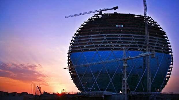 Aldar HQ в Абу-Даби: как удалось построить круглый небоскреб на зыбком песке