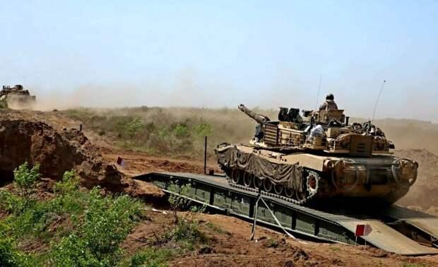 Он приближается: НАТО сделал новый рывок к границам России