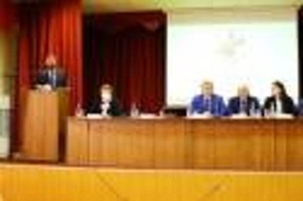 Александр Ведерников принял участие в заседании Совета областного объединения организаций профсоюзов