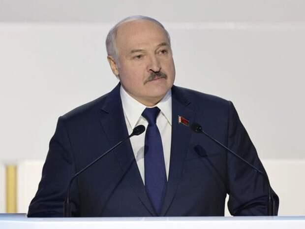 Киевский национальный университет лишил Лукашенко звания почетного доктора