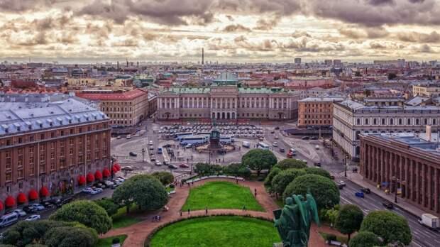 Синоптики пообещали петербуржцам аномально жаркую субботу