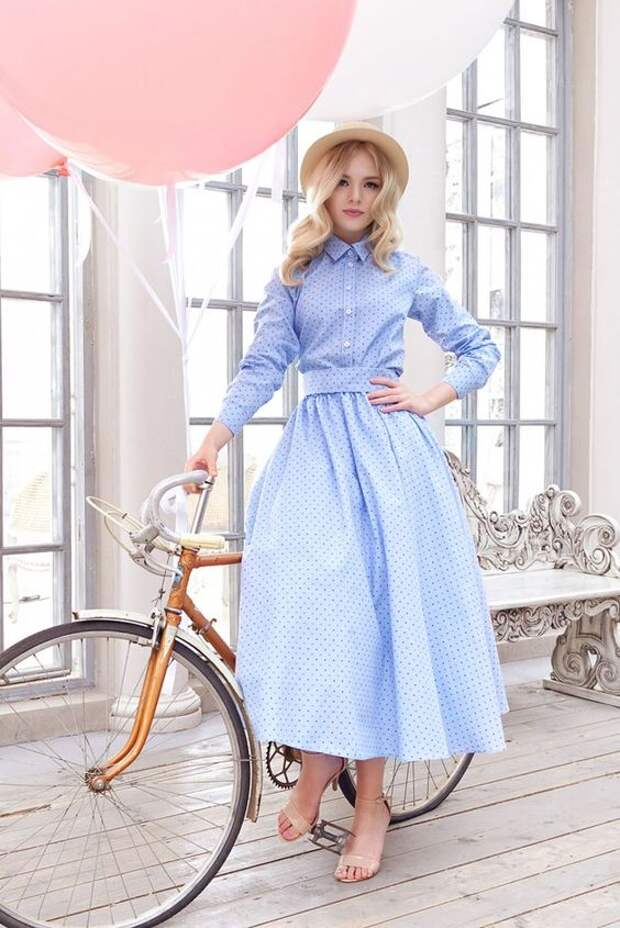 http://yuliaprokhorova.com/kollekcii/summer-collection-2015/kollekcziya.html