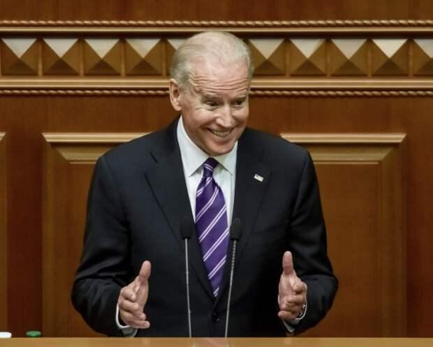В Госдуме увидели пользу для России в избрании Байдена следующим президентом США