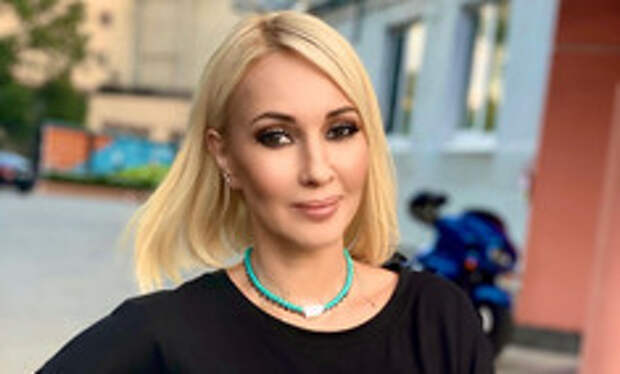 «Морщины убрал, жир убавил»: Кудрявцева не стыдится использования фотошопа