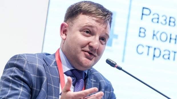 Отпреподавателя дозамминистра просвещения: Биография Александра Бугаева