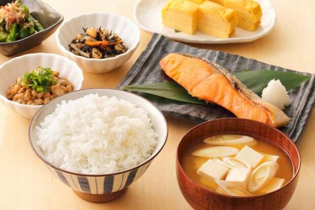 Японская диета на 14 дней считается эффективной, но есть риски. В чем секрет?