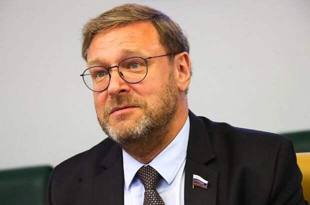 Косачев считает, что РФ дала конкретный и жесткий ответ на санкции США