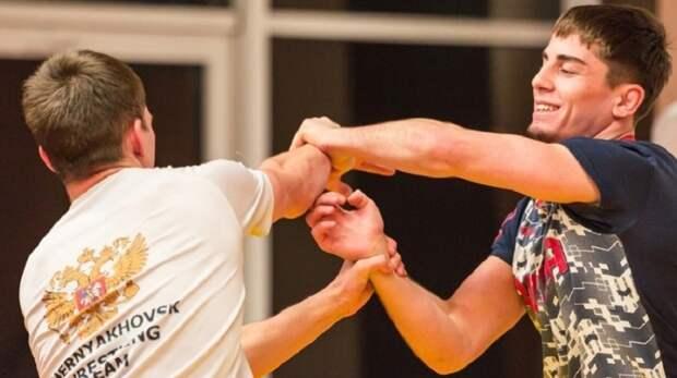 Калининградский борец стал бронзовым призером первенства России с травмой пальца