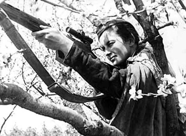 Людмила Павличенко: как советская женщина-снайпер попала в книгу Гиннесса