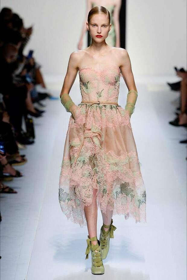 Летние платья и сарафаны от Ermanno Scervino лето 2020