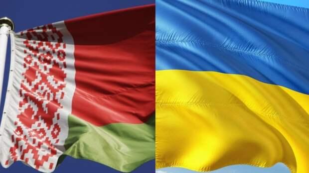 Украина с помощью военной техники усилила охрану границы с Белоруссией