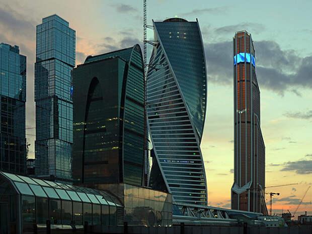 Expat Insider: Россия оказалась в числе худших стран для жизни и работы иностранцев