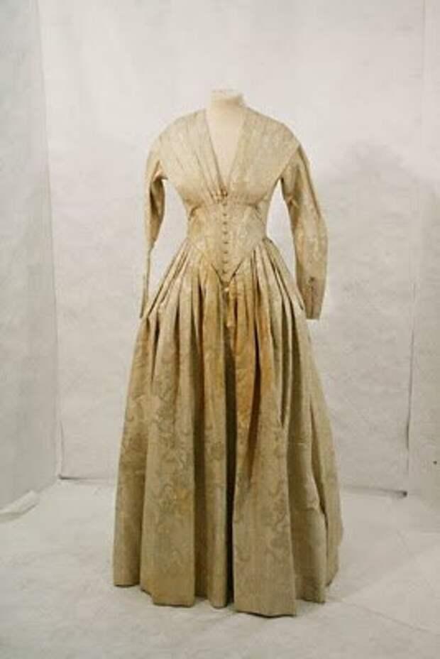 Свадебное платье викторианской эпохи. Источник: blogspot.com