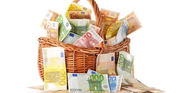 Государство заставит заплатить налоги с валюты