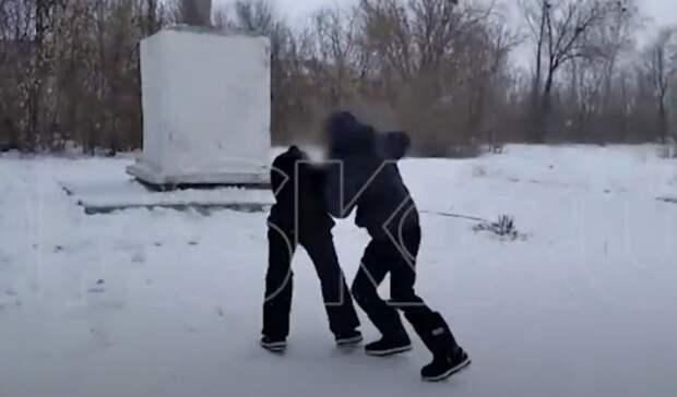 Драка подростков в оренбургском селе привела к полицейской проверке