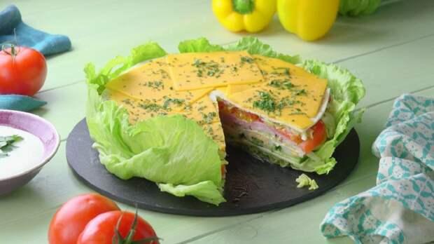 Свежий салатный торт с тортильей: идеальная закуска с нежной заправкой