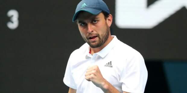 Карацев преодолел второй круг US Open