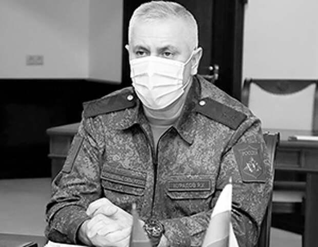 Погоны генерал-лейтенанта Рустам Мурадов получил совсем недавно
