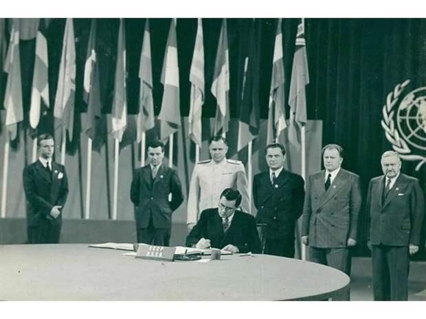За что Горбачев ненавидел главу МИДа СССР Громыко, который привёл его на вершину власти