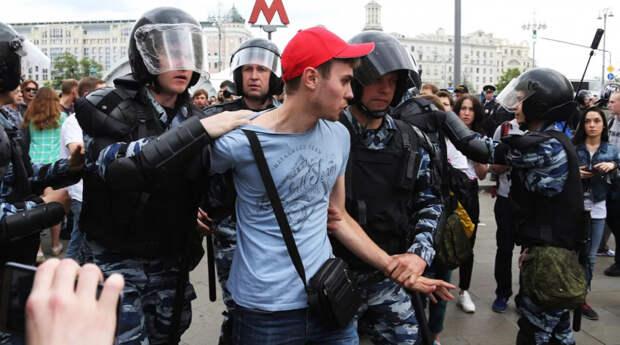 Комитет Госдумы поддержала введение штрафов за разглашение информации об увиденном на митингах