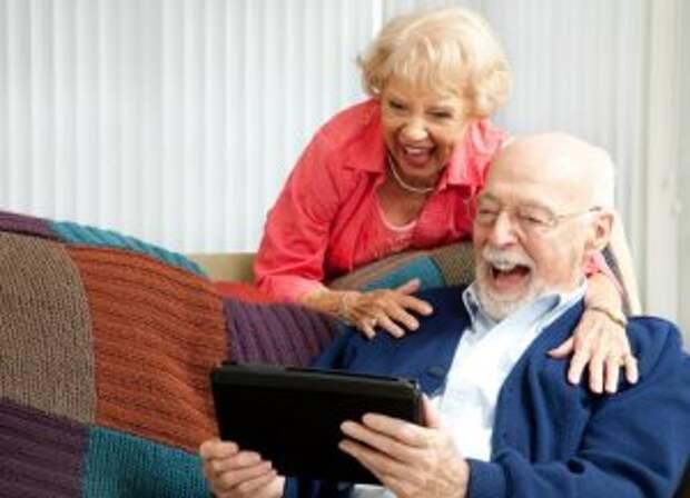Пенсионеры из Лианозова осваивают онлайн-путешествия