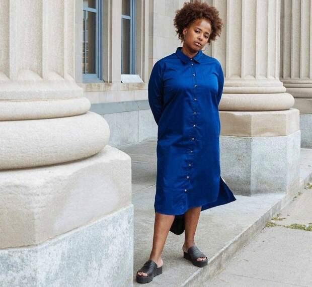 Платье-рубашка из поплина Peyton Universal Standard в цвете Royal Blue